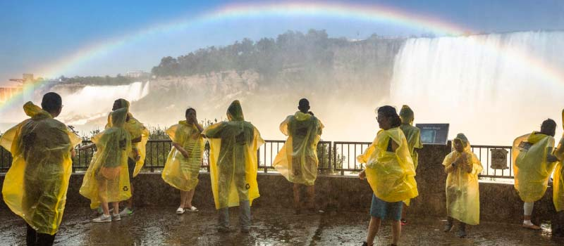 Pros of Traveling to Niagara Falls as a group