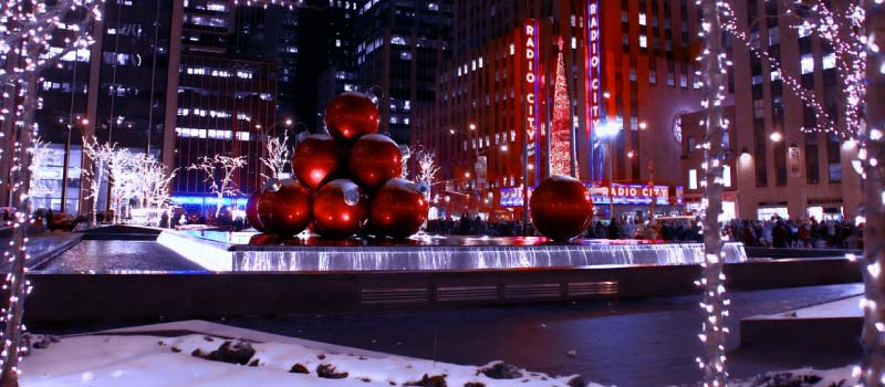 Christmas in New York 2021 Guide to Holiday Lights & Events